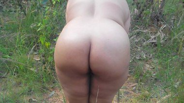 Busty huge ass aunty outdoor free porn sex