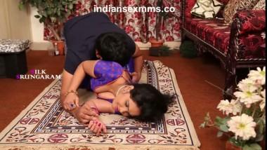 Sexy Bhabhi Seducing her Lover at Home Bgrade Sex