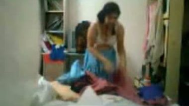 Desi Bhabhi Changing Dress Captured