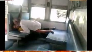 Matured Bhavi Fucking in Train With Old Man