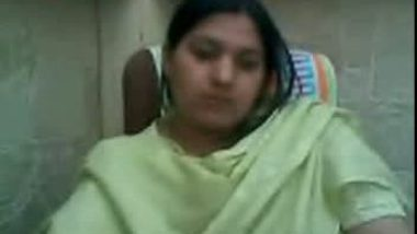 Lady Doctor Exposing on Web Cam in Pharmecy For Lover