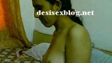 Big Desi Girlfriend Tits Show