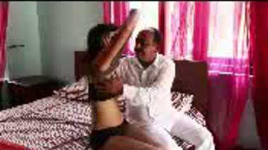 Fsiblog – Desi old man with young slut MMS