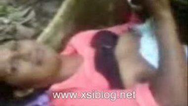 tamil girl having picnic fun