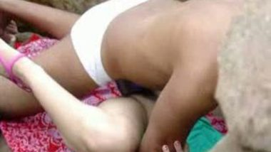 Outdoorsex of bhabhi with secret sex lover