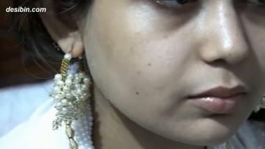 Paki Sara Khan Sex Scandal