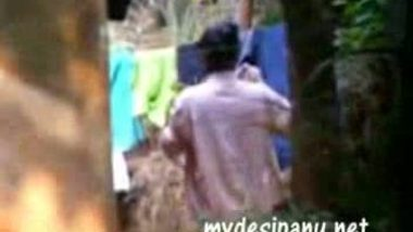 Mallu bhabi outdoor changing after bath MMS