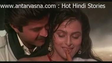Shilpa Shirodkar nipple visible in wet white saree