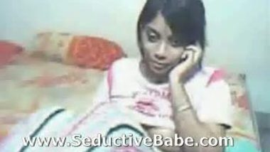 Bangladeshi Lady on webcam