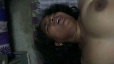 Indian sex mms of chubby mallu bhabi who fucked with hard moan