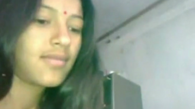 Indian cute wife handles small penis