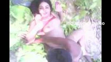 Desi Village girl outdoor hard fucked by neighbor guy leaked mms