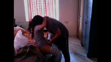 Desi hidden cam quick sex with neighbor bhabhi