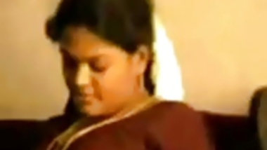 Sexy Busty indian Aunty enjoy with her Partner