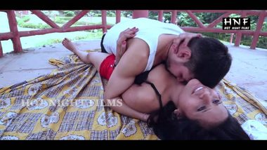 Mature bhabhi outdoor porn sex with servant
