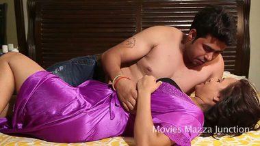 Mature bhabhi bollywood sex with lover