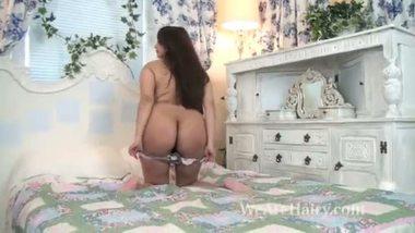 NRI web cam girl masturbating on demand