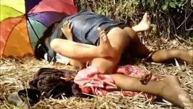 Nice village teen's outdoor sex with her lover