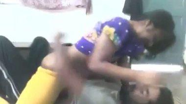 Desi bhabhi's village sex MMS