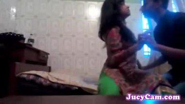 Indian sex video of a teen virgin girl