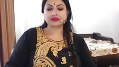 Hot indian Lady