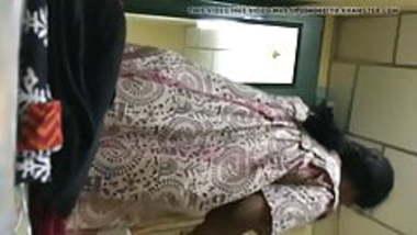 Laxmi Andhra mom dress change captured secretly