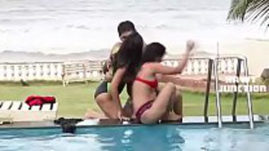 Super hot scene from Bheega Badan Aur Pyasi Jawani