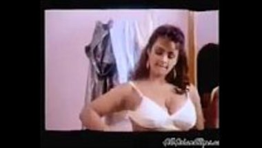 Hot Shakeela showing her boobs for the first time