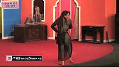 Pakistani mujra showing a hot milf with big boobs