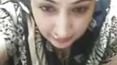 Indian aunty on video call (THICK AS FUCK)
