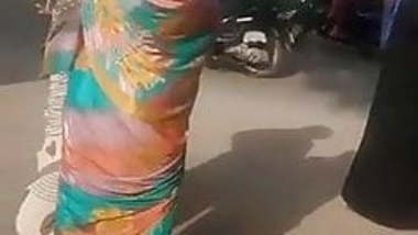 SATINSILK SAREE AUNTY