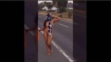 Sexy Marwadi Girl Pinky Walking Naked On Road