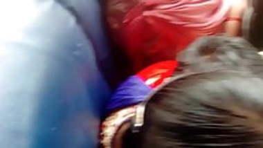 Tamil hot college girl bra in bus