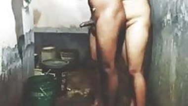 Indian Girl Boy Sex Bathroom, Desi girl sex,Village Girl xxx