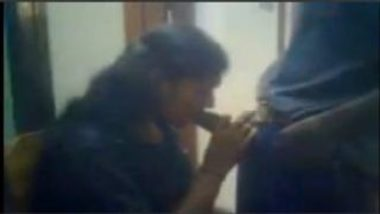 Hot Blowjob Video Of Secretary Recorded Inside Office At Chennai