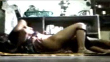Desi Wife Having Sex In Kitchen With Devar