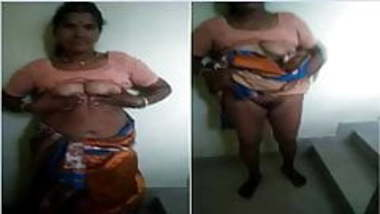Indina desi telugu aunty showing her boobs and pussy