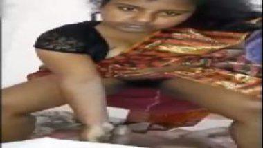 Sexy South Indian Bhabhi Riding Penis With Saree