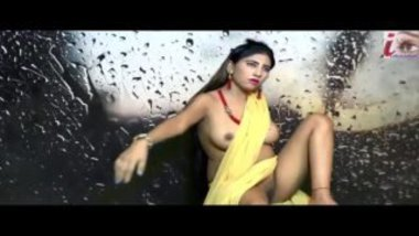 Desi model stripping yellow saree to show nude