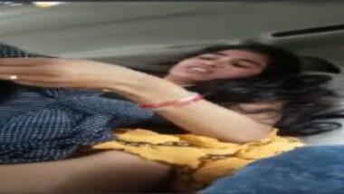 Sexy pakistani wife banged by boyfriend inside car