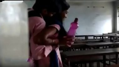 Tamil college girl boobs pressed in classroom