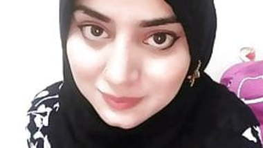 Indian Muslim Girl Ko Ghodi Banaker Choda
