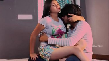 Indian Hot Romantic Pinky Bhabhi Sex With His Boyfriend in VIllage bdmusicz.com
