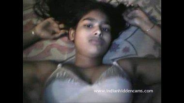 Beautiful Desi Indian Girl Fucked - IndianHiddenCams.com