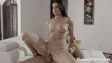 Horny mommy India Summer