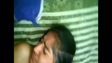 AMATEUR INDIAN TEEN FUCKED Watch More Videos on / xxvideos4u.blogspot.com