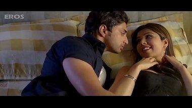 Best Bollywood kiss