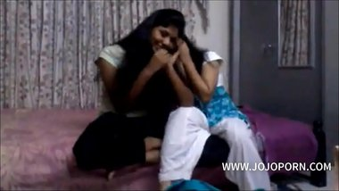 indian couple homemade sex fucking while in shower -- jojoporn.com