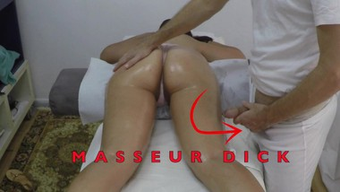 Indian Masseur Jerking Big Cock in front of her Arab Milf Client with Hairy Pussy in Hidden Camera