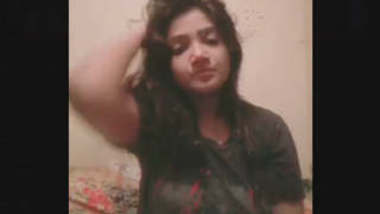 Bangladeshi Sexy Girl Video For Lover With Few pics
